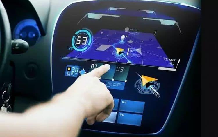 3 самых бестолковых электронных ассистента, раздражающих водителя
