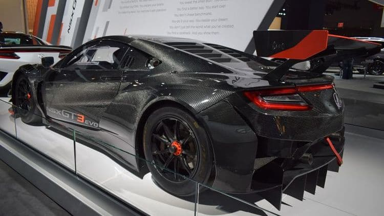Acura снизила цены на модель NSX на 20 000 долларов