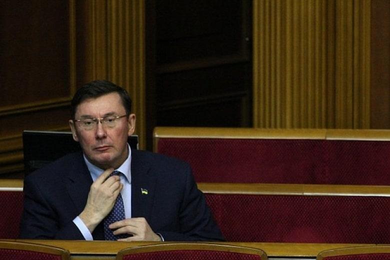 """После долгой беседы с Зеленским Луценко заявил, что вернется """"туда, откуда пришел"""""""