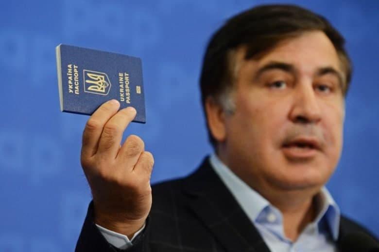 """Саакашвили грозится избавить Украину от людей Порошенко и """"системы кормления"""""""