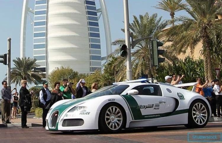 Самый быстрый в мире полицейский автомобиль