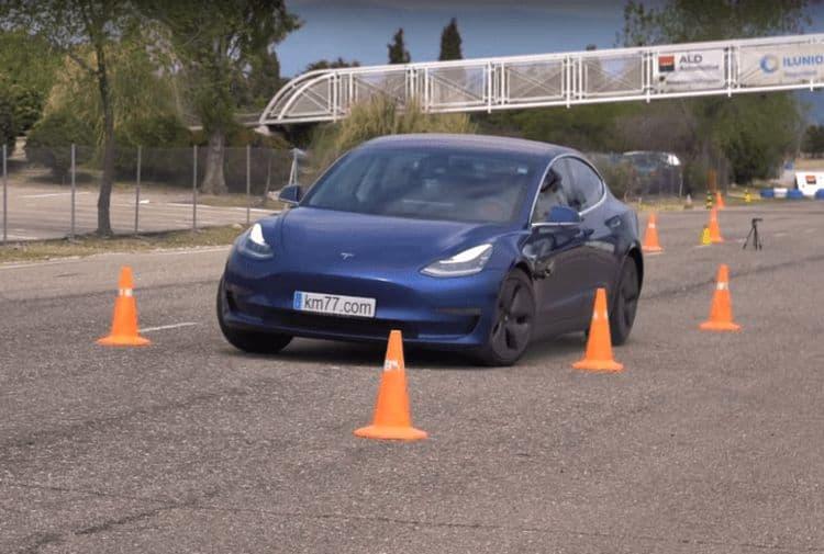 Tesla Model 3 проверили на «лосиный тест»: результат превзошел ожидания