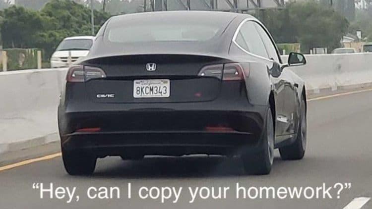 Tesla Model 3 замаскировали под Honda Civic