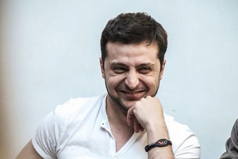 У Зеленского заявили о возможной отсрочке подписания указа о роспуске Рады