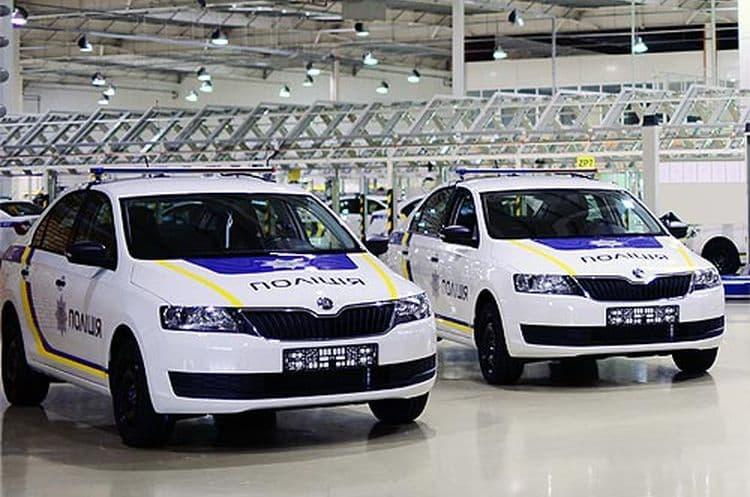 Какими автомобилями планируется регулярно пополнять автопарк полиции