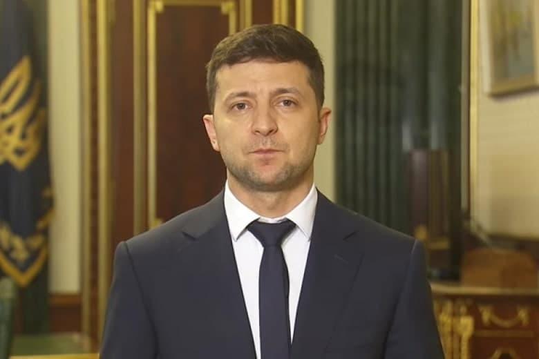 Пробиваете дно: Зеленский записал обращение к ВР