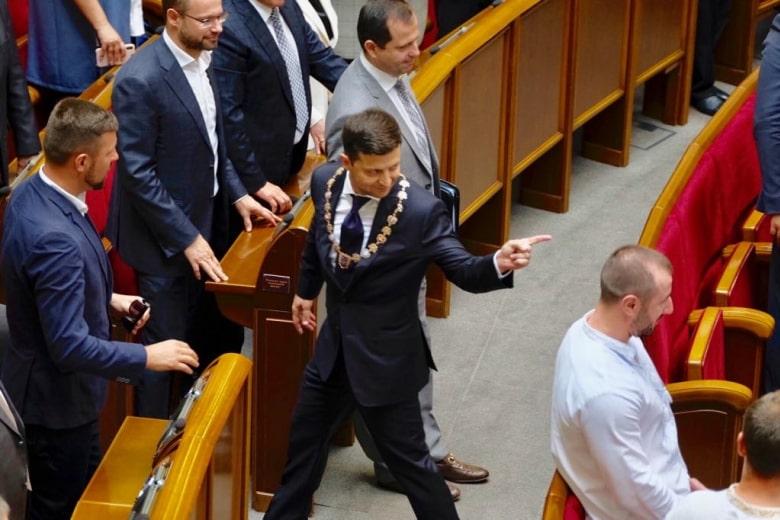 Рада одобрила законопроект, в котором предусмотрена процедура импичмента
