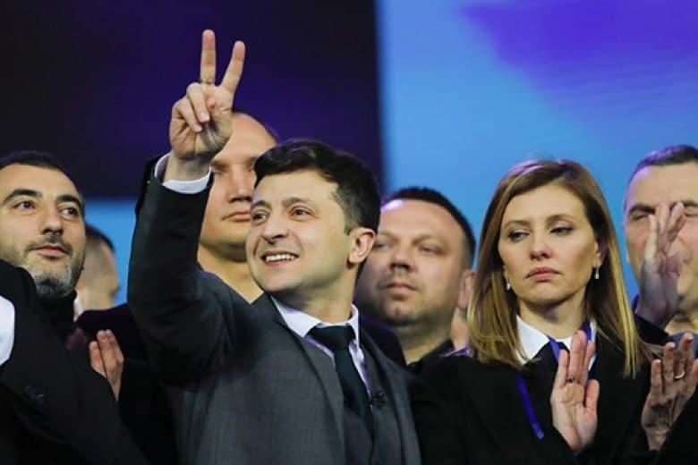 Страницу Администрации президента в Facebook объединили с профилем Зеленского