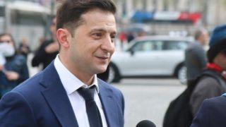 Зеленский записал видеообращение ко Дню Конституции и запустил флешмоб