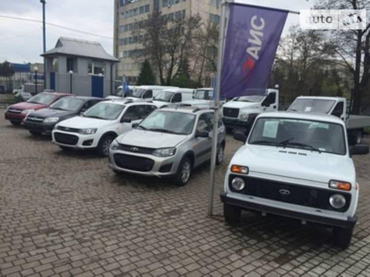 Дилеры всеми способами пытаются избавиться от российских автомобилей