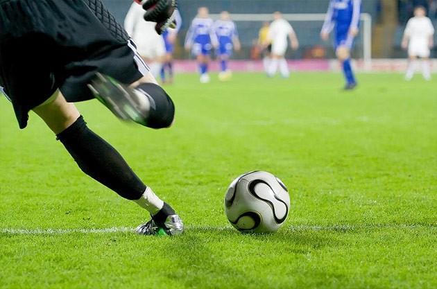 Как выбрать искусственную траву для футбольного поля?