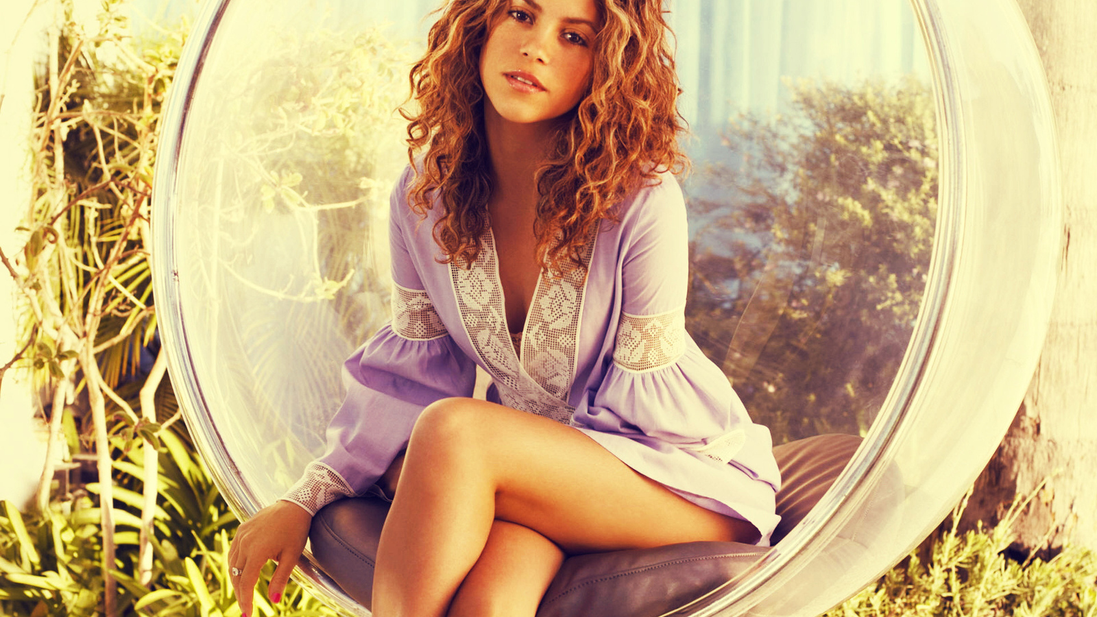 latin, shakira, colombia, singer, colombian, chair, music