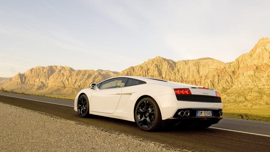 Фото обои Авто обои, ламборджини, lamborghini, cars, mountains, горы, дорога, тачки, roads, sky, небо для всех разрешений монитора