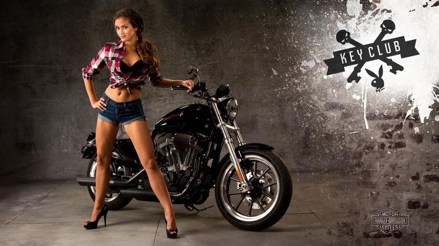Девушки в мини бикини с мотоциклами скачать бесплатно фото 551-992