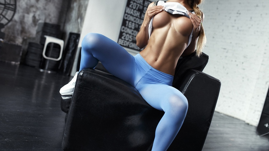 dildo-use-sex-with-a-fitness-girl