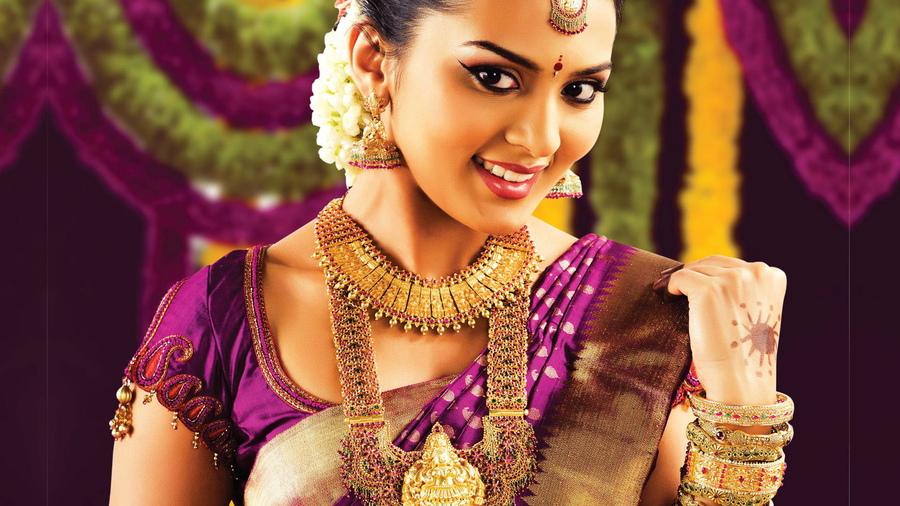 Девушки красивые знакомства индийские