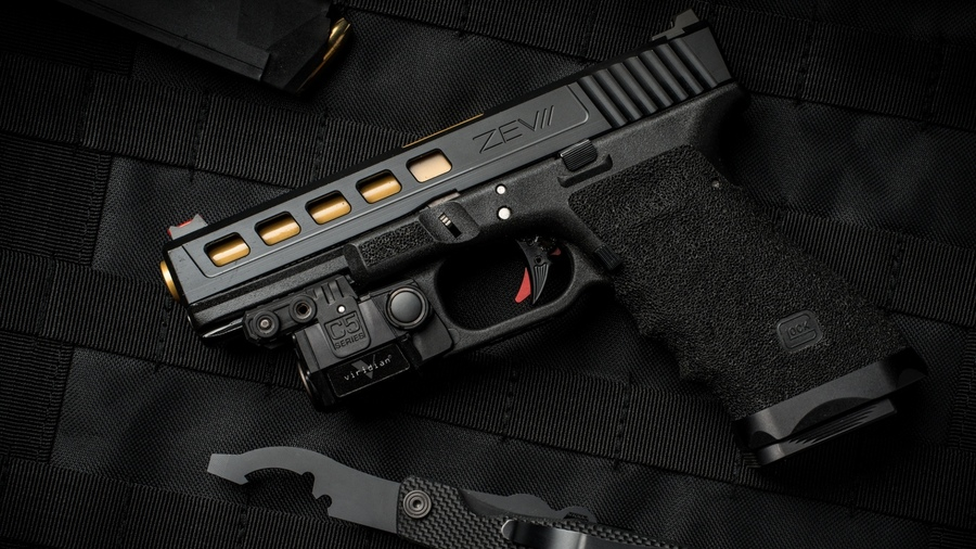 Glock Calendar Wallpaper : Обои оружие lock weapon custom лок gun pistol
