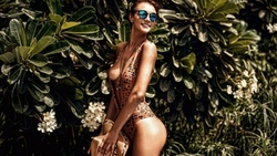 women, tanned, cleavage, boobs, hat, smiling, water drops, sunglasses, women outdoors, ass, portrait ...