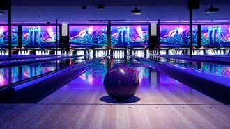 боулинг, bowling lane, освещение, illuminated, bowling, sports, bowling ball, развлечения, entertainment, спорт, шар для боулинга