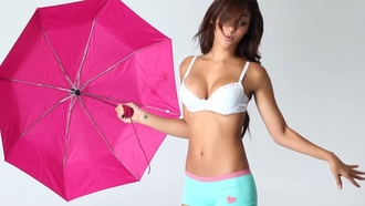 umbrella, boxer, melanie iglesias, cute, bra, singer, model