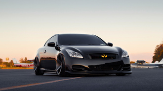 wheels are vossen cv3 10.5 all around, g37, infiniti