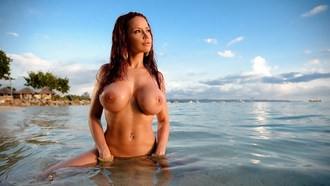 brunette, wet, boobs, hot, bianca beauchamp, sea, ocean, beach, melons, jugs, norks, gazongas, knockers, hooters, funbags, bombooclaaat