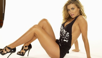 carmen electra, tara leigh patrick, american, brunette, actress, singer, model, celebrity, dancer, curvy, milf, sexy babe, long hair, posing, sitting, black, tanktop, sexy, decollete