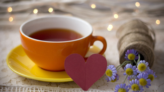 tea, cup, чашка, lights, flowers, bouquet, holiday , напиток, table, heart, love, drink