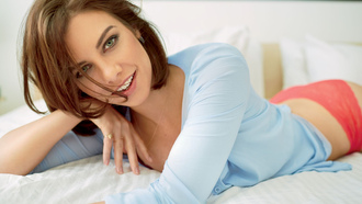 lauren cohan, girl, smile, actress, beautiful, lingerie