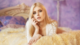 Selena Werner, women, Maxim Maximov, blonde, in bed, lying on front, portrait