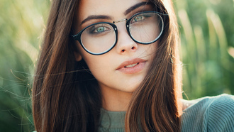 women, brunette, women with glasses, face, women outdoors, portrait, glasses, green eyes, bokeh, Evgeny Freyer