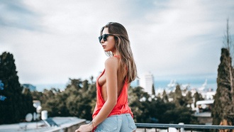 women, tanned, T-shirt, boobs, sideboob, sunglasses, jean shorts, depth of field, balcony, looking away, women outdoors