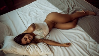 ass, legs, women, t-shirt, smiling, in bed, legs crossed, feet, tanlines, tanned