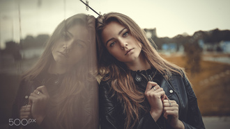 women, portrait, leather jackets, women outdoors, depth of field, reflection