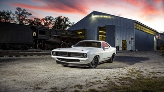 plymouth hemi cuda, white, muscle car