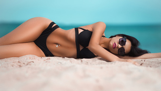 women, sunglasses, sea, sand, women outdoors, black bikini, tanned, belly, pierced navel, hips