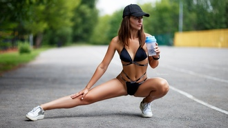 women, aksim omanov, tanned, squatting, belly, baseball cap, women outdoors, sneakers, bikini