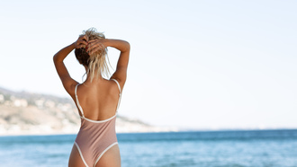 women, ass, blonde, sea, back, hands on head, onepiece swimsuit, red nails, brunette, the gap