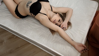 women, blonde, tattoo, mattresses, belly, black lingerie, kneehighs, blue nails, eyeliner, armpits, lying on back