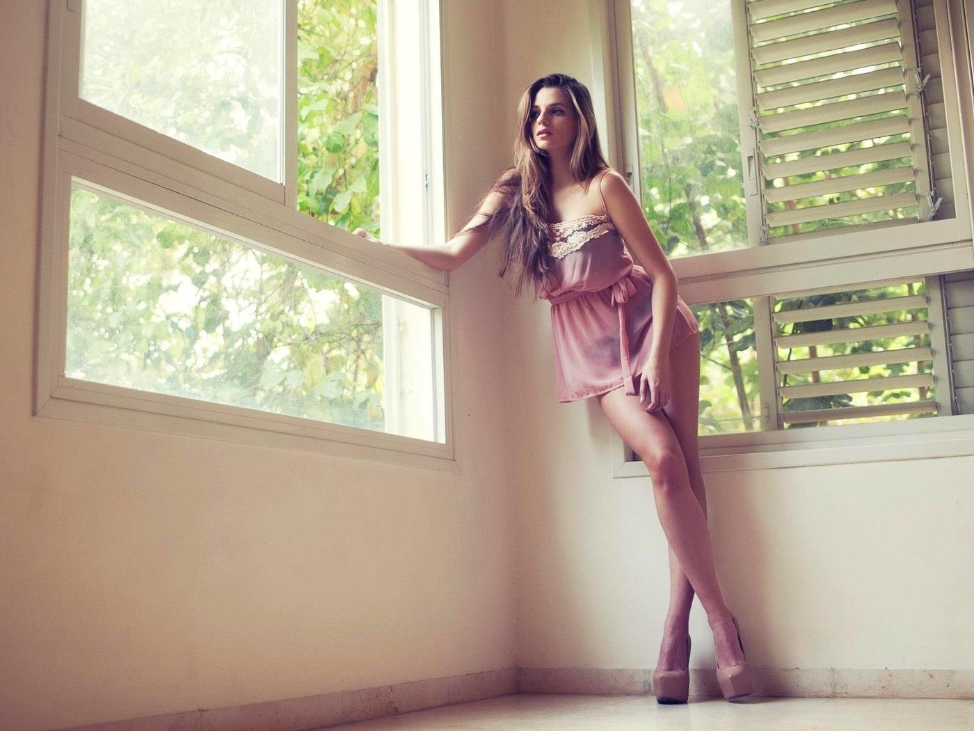 девушки, zoya grinberg, окно, высокие каблуки, каблуки, model