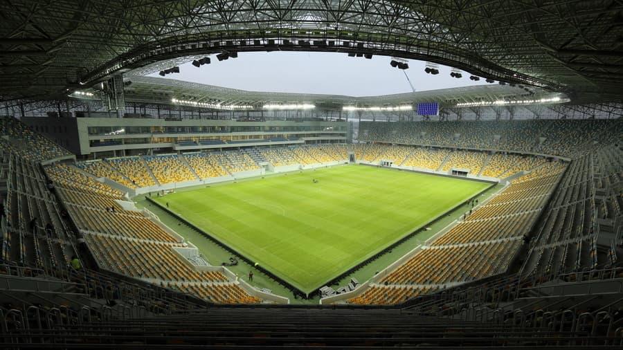 so-stadiona-v-pornozvezdi