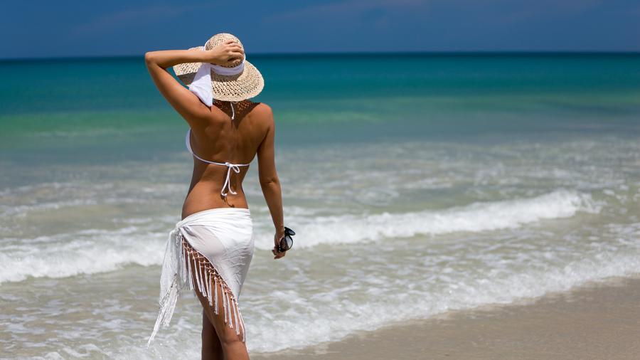фото пляж и девушки