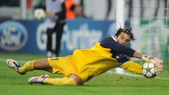 juventus, gianluigi buffon, save, uefa champions league, shakhtar