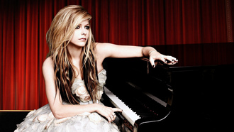 Avril Lavigne, ����������, musician, theater, piano, ������, ���������, ��������, blondes