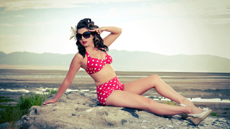 crystal, beach, pinup