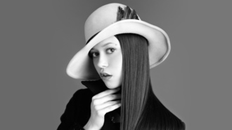 саммер глау, summer glau, actress, hat, black and white