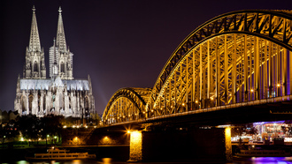 river, �����, ���������, ����, cathedral, city, germany, sky, ����, ����, night, reflection, ����, �����, lights, 2560x1600, bridge, ����, ��������