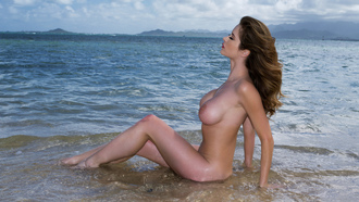 nude, babe, emily addison, outdoor, ass shot, bending, sand