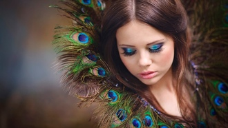 �������, �����, girl, feathers