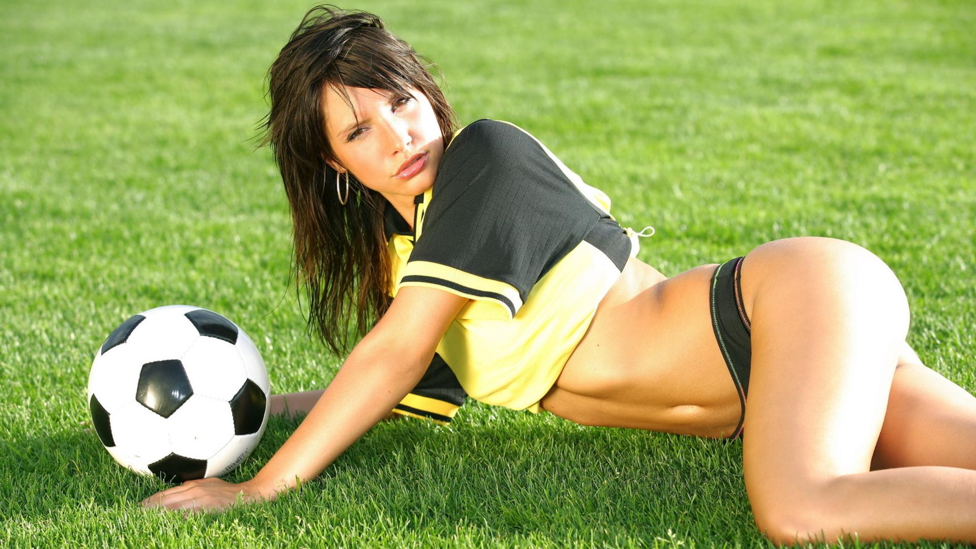 Секс с футболистом смотреть 1 фотография